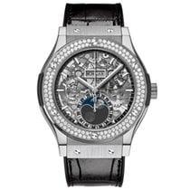 Hublot Classic Fusion Aerofusion Moonphase Titanium Diamonds