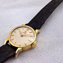 Omega vintage 14ct solid golden Omega