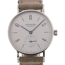 Nomos Tangente 33 Manual Winding