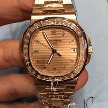 Patek Philippe Nautilus rose gold Baguette diamonds 5723