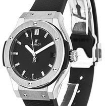 Hublot CLASSIC FUSION TITANIUM LADIES 33 MM - 100 % NEW -