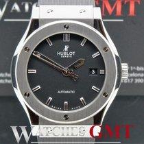 Hublot Classic Fusion 42 Automatic Titanium