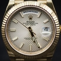 Rolex Oyster Perpetual Day-Date 40 Watch