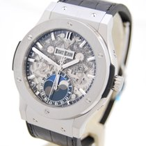 Hublot Classic Fussion 45 Aerofusion Moonphase Box &...