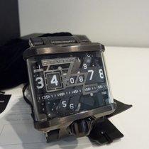 Devon TREAD 1 E WATCH - Futuristic design