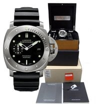 Panerai Luminor Submersible Titanium Automatic Watch Pam00305...