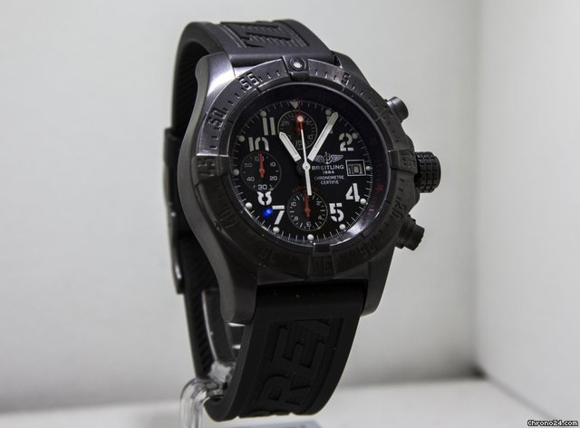 Breitling Avenger cronografo  Blacksteel limited edition