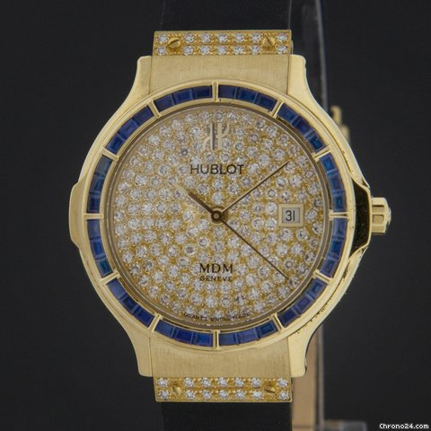 Hublot Yellow Gold Classic Elegant Pave Diamond Sapphire Watch 1392