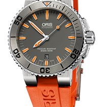 Oris Aquis Date, Ceramic Top Ring, Orange Rubber Bracelet