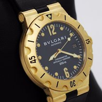Bulgari Diagono Professional Acqua 38mm 18k Yellow Gold...