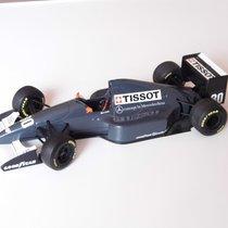 Tissot Formel1 Rennwagen Schaufensterstück