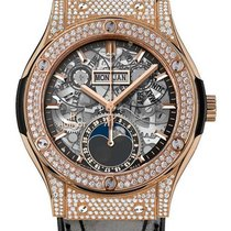Hublot : 45mm Classic Fusion Moonphase King Gold Pave Watch