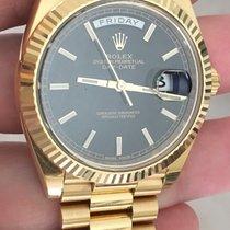 Rolex Day-date President 40mm 18k Gold 228238 Black Motif Dial