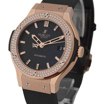 Hublot 565.OX.1180.LR.1704 Classic Fusion 38mm in Rose Gold...
