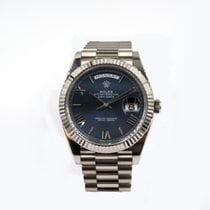 Rolex Day-Date 40 mm White Gold President Blue Roman Dial