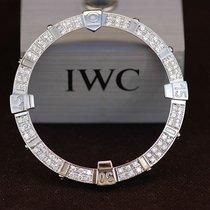 Breitling Super Avenger Diamant Lünette Neug 2ct Brilliant...