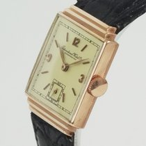 IWC Rare Art Déco in Solid Rose gold (year 1938) Mint