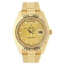 Rolex DAY-DATE II 41mm 18K Yellow Gold Champagne Dial Box/Pap...