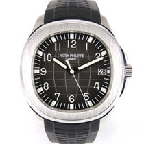 Patek Philippe Aquanaut 5167 with archives extract