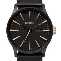 Nixon A105-1041 Sentry Leather Matte Black Gold 42mm 10ATM
