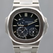 Patek Philippe Nautilus Power Reserve Moon Phase 2015 5712A