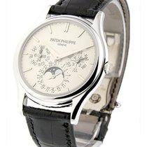 Patek Philippe 5140G Ultra Thin Perpetual Calendar in White...