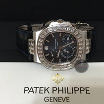 Patek Philippe 5724G NAUTILUS WITH BAGUETTE BEZEL AND LUGS