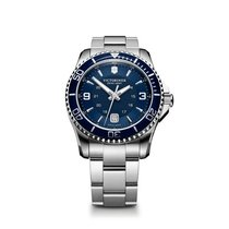 Victorinox Swiss Army Maverick large blue dial and bezel,...