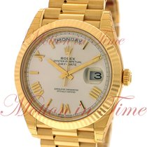 Rolex Day-Date 40mm President, Silver Dial, Fluted Bezel -...