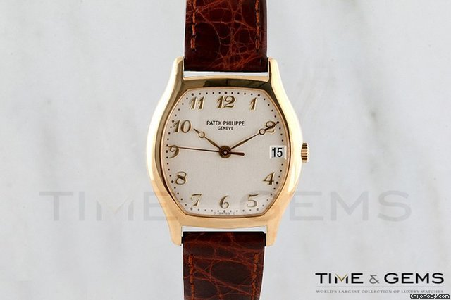 Patek Philippe Men&amp;#39;s  Calatrava 5127 18k Yellow Gold Watch