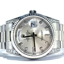 Rolex Day-Date MenSize (18k White Gold) 118339