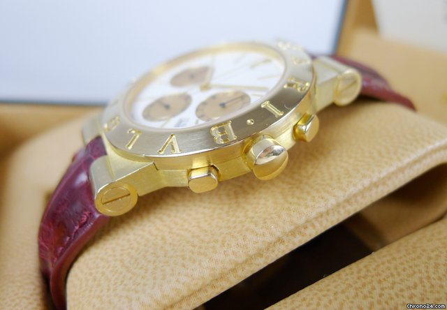 Bulgari Diagono Professional Chronograph 18kt. GOLD CH35G