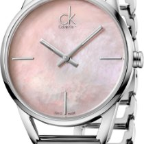 ck Calvin Klein Stately K3G2312E Damenarmbanduhr Design Highlight