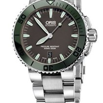 Oris Aquis Date Farbe Metallic Grün