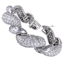 David Webb Womens Platinum Full Diamond Pave Bangle Watch...