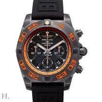 百年靈 (Breitling) Chronomat 44 Raven