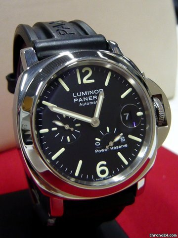 Panerai LUMINOR PAWER RESERVE