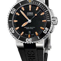 Oris Aquis Date, Black Dial, Rubber Bracelet