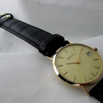 Geneve 14ct golden with box and papers, mid size