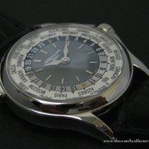 Patek Philippe : Very fine & Rare Discontinued Platinum...