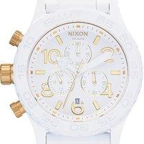 Nixon 42-20 Chrono A037-1035 Herrenchronograph Design Highlight