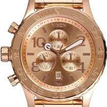 Nixon 42-20 Chrono A037-897 Herrenchronograph Design Highlight