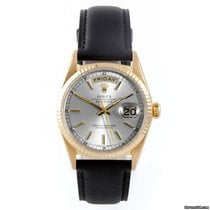 Rolex Mens 18K Yellow Gold Day-Date President - Silver Dial