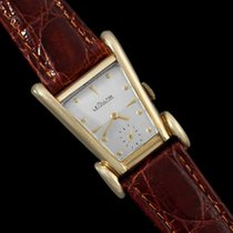 Jaeger-LeCoultre 1949 Vintage Mens Watch, Rare Case, 10K Gold...