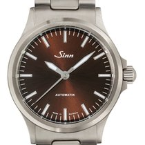 Sinn 556 I M with steel bracelt NEW