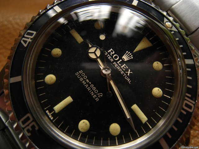 "Rolex 5513 PCG sub UNDER Line and Single ""SWISS"" gilt dial"