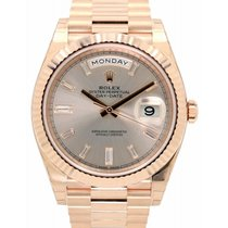 Rolex Day-Date 40 228235-SDTDP Sundust Diamond Fluted Rose...