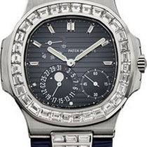 Patek Philippe Nautilus Mens White Gold 5724G-001