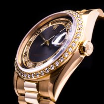 Rolex Day Date 18kt. Gold Brilliantbesatz Factory-Set 18348 LC100