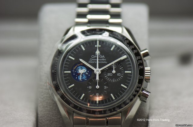Omega Speedmaster Professional &amp;#34;Snoopy&amp;#34; New Old Stock